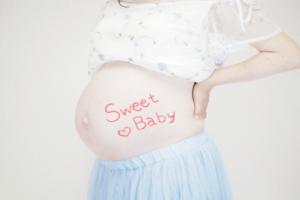 妊娠中の腰痛はひどい!?初期から中期、後期の症状と対策方法