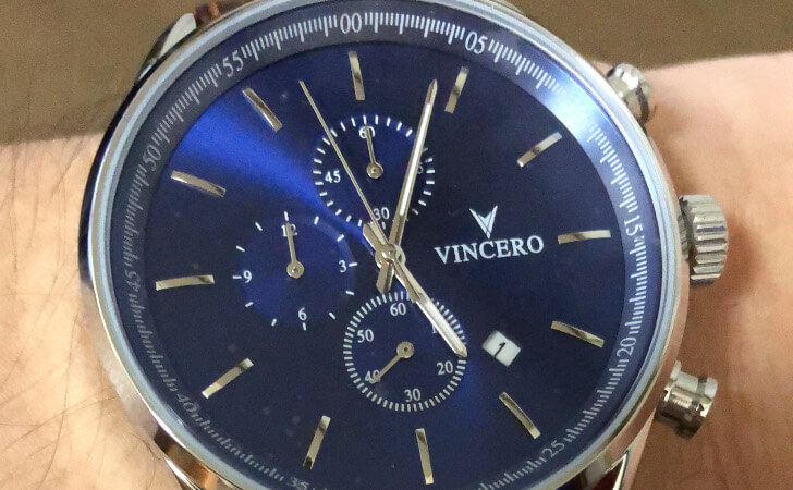 VINCEROの時計の装着