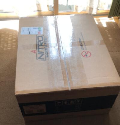 届いたNC-S300-B Nitro Conceptsの段ボール